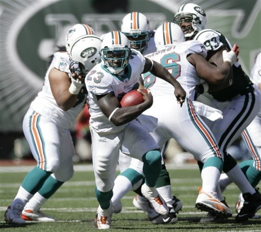 article dolphins team ronnie brown 23